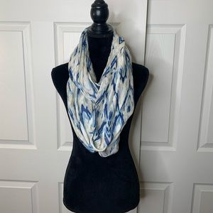Blue and white Pattern | Infinity | Scarf